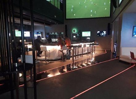 velocity bar and lounge Marriott hotel Abu Dhabi